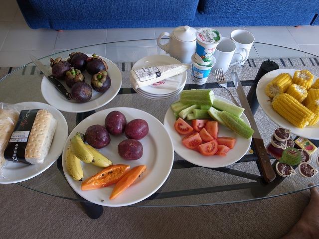 こんな朝食でスタート