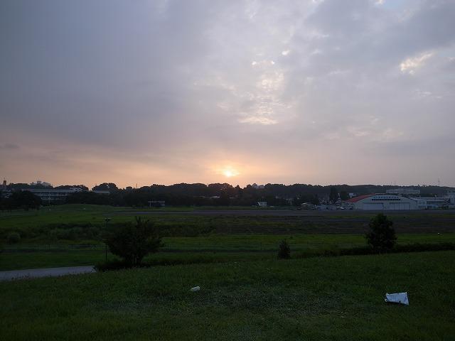 今朝も大きな太陽で始まりました