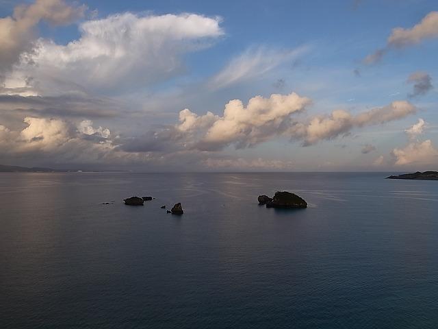 沖縄そばとぜんざい食べて、リゾネックス名護に泊まる