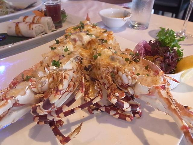 プーケット・ラグーナのロータスレストランで生ガキを食べる!!