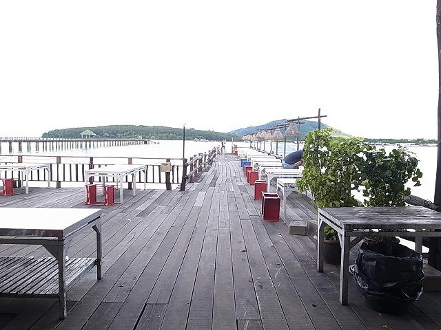 ラグーナから車で20分のレストランLEAMHIN(LAEMHIN) Seafood Restaurant