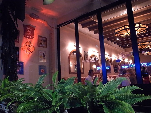 Brasserie Phuket(プーケットタウン)オシャレして行きたくなるお店