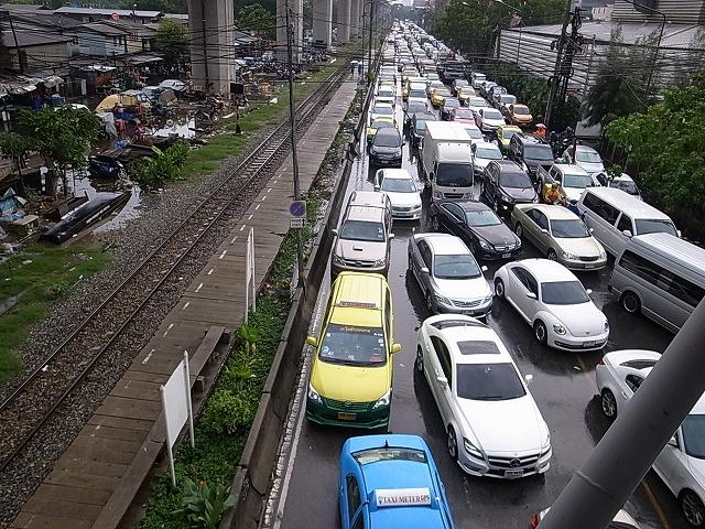 バンコクの滞在はマリオットスクンビット!豪雨で道路が冠水→電車を乗り継ぎマリオットへ