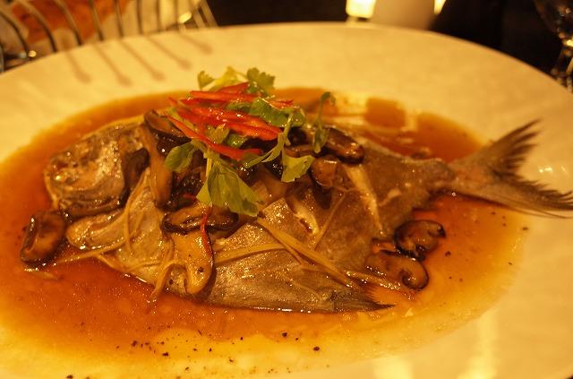 マリオットリゾート プーケットナイヤンビーチのレストランBIG FISH