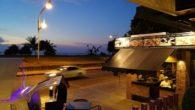 Ruam Thep Restaurant 夕陽が水平線に沈むのを見られるレストラン ヒルトンのカロンビーチに面したBeach road側の出入り口を出て、左にどんどん歩いていきます。 カタビーチ方面に歩くことになります! […]
